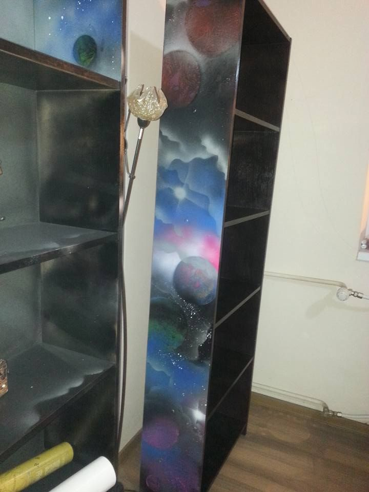 book cases hand painted with spray paint art techniques in. Black Bedroom Furniture Sets. Home Design Ideas