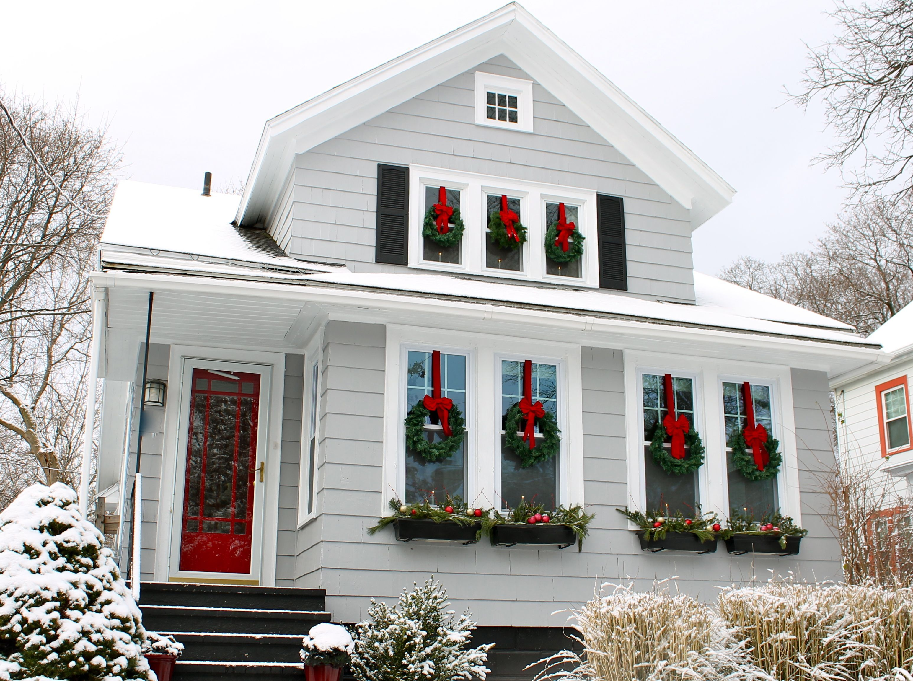 Holiday House | Pinterest | Wreaths, Window and Doors