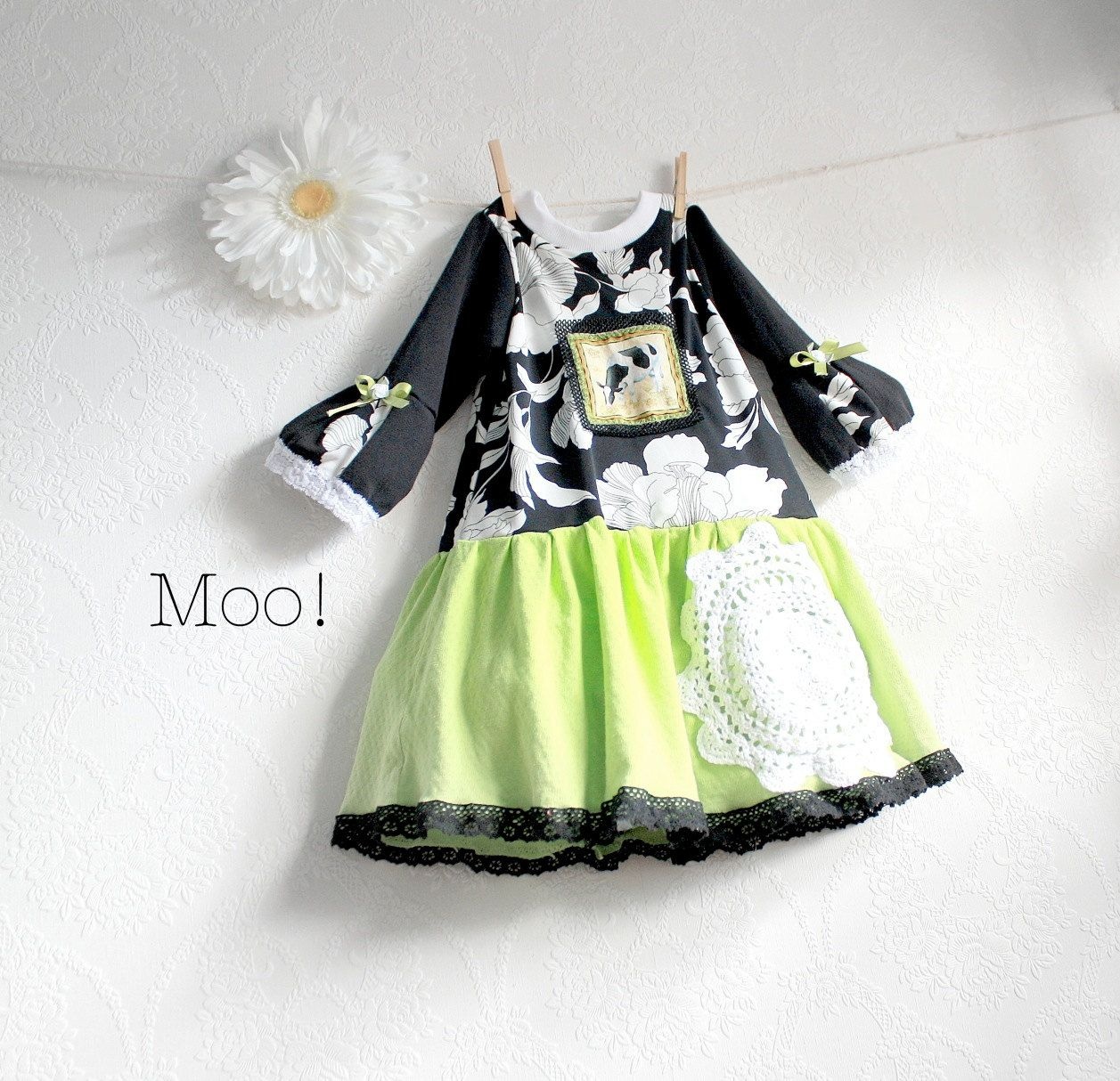 Little Girl S Dress 4t Black And White Lime Green Toddler Jumper Kids Outfits Clothes Recycle Clothes [ 1214 x 1257 Pixel ]