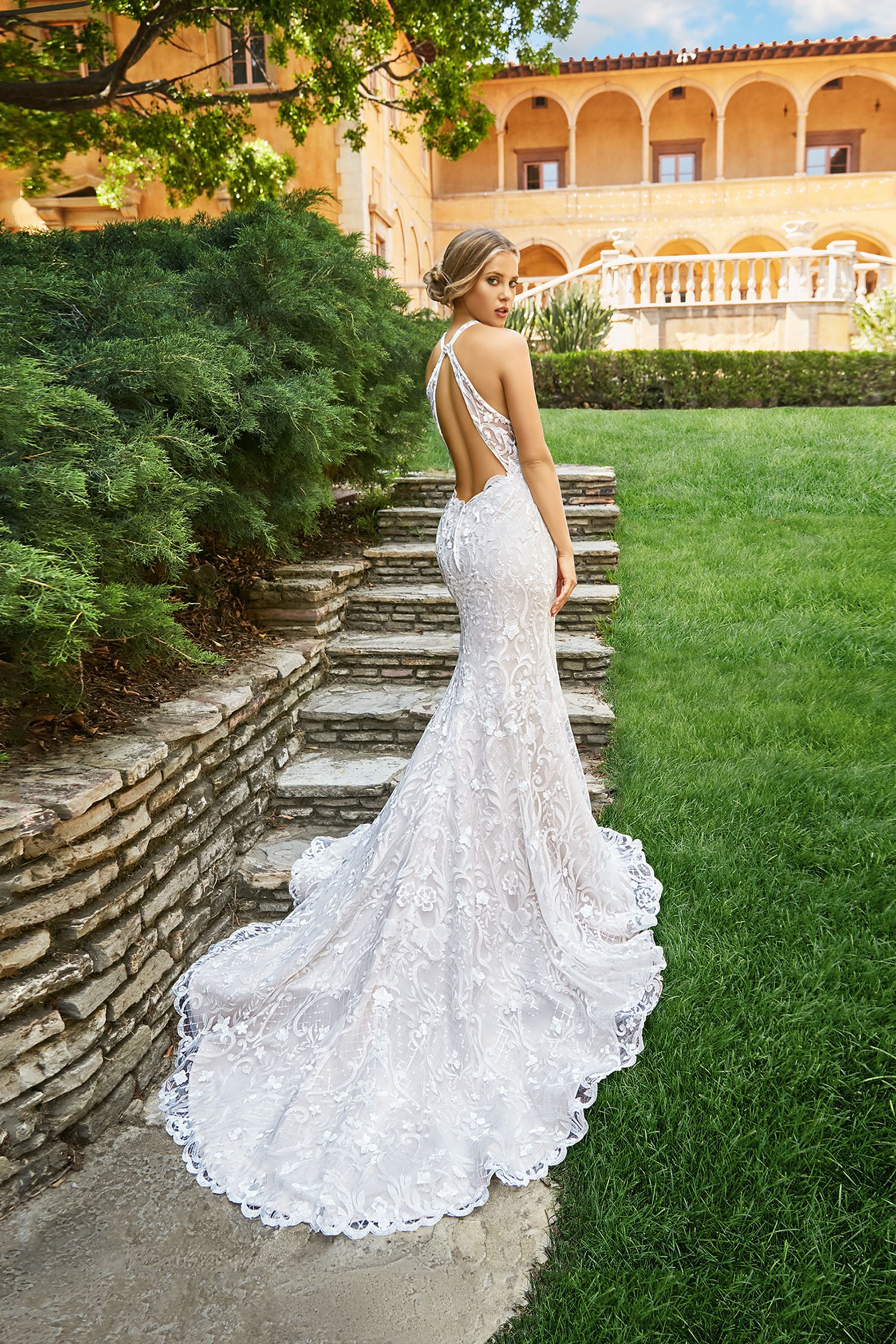 How To Choose A Wedding Gown That Is Right For Your Venue Wedding Dress Couture Wedding Dress Backs Moonlight Bridal [ 2250 x 1500 Pixel ]