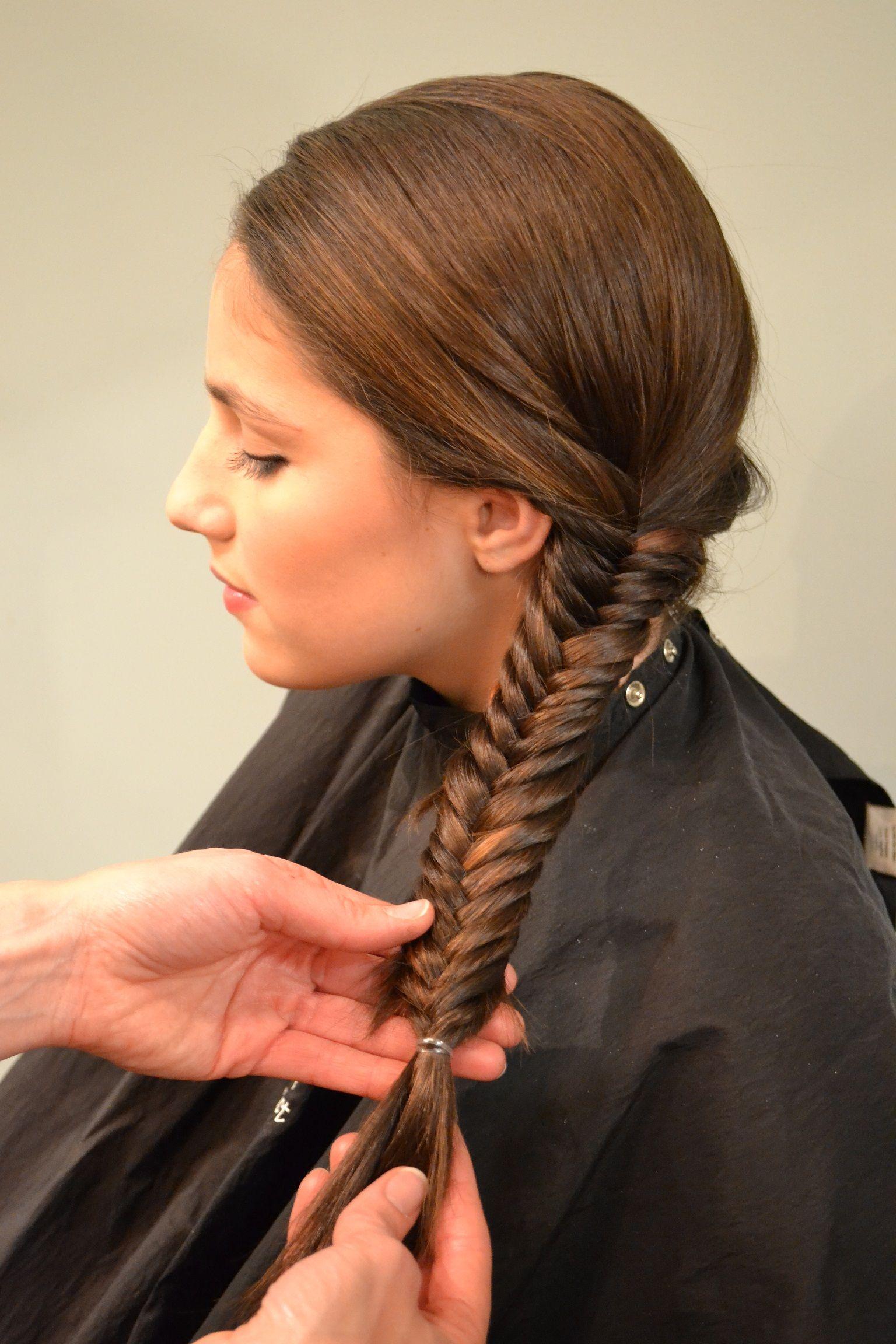 learn how to fishtail braid hair