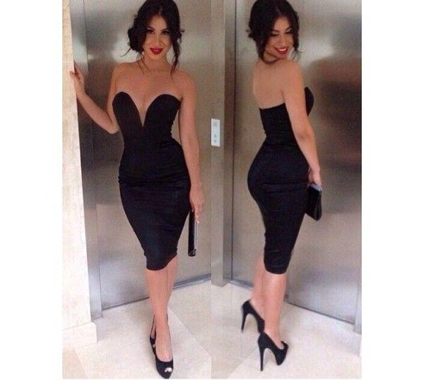 セクシーで上品なドレス