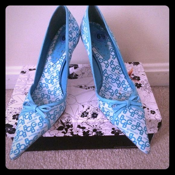 BCBGMaxazia Heels Only wore a few times. Beautiful heels. BCBG Shoes Heels