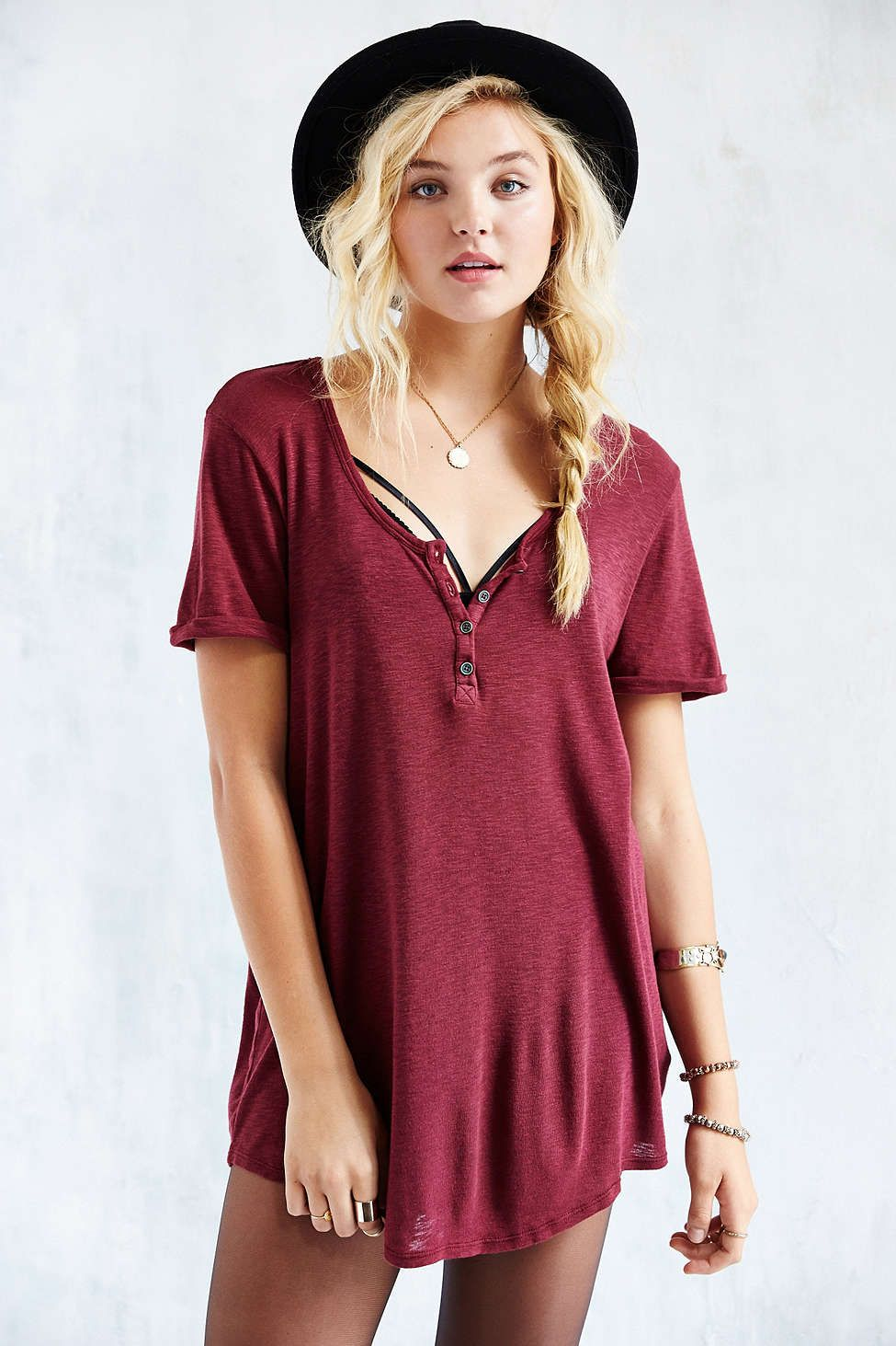 2a28ff8ca9c5 Truly Madly Deeply Henley Tunic Top - Urban Outfitters   Maroon ...