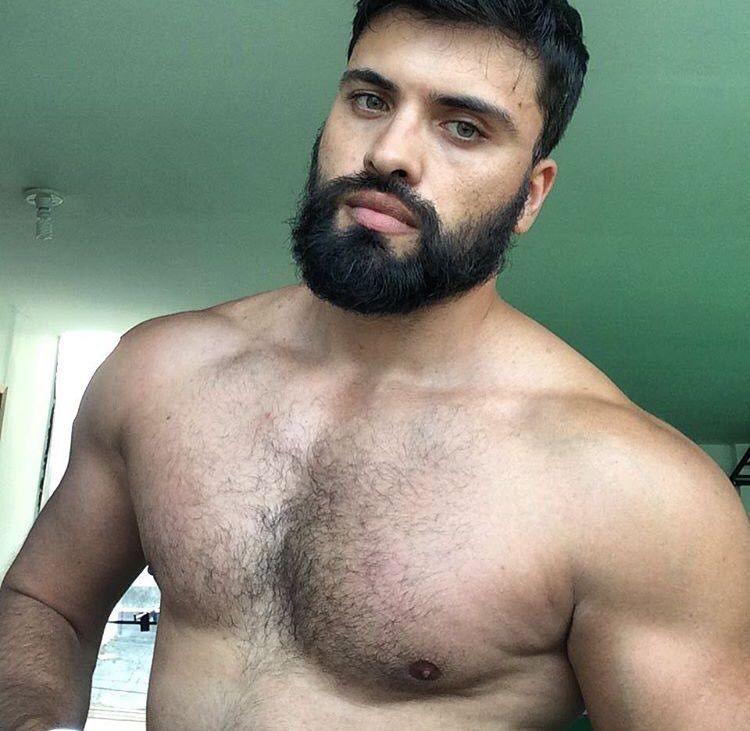 naked arab with beard
