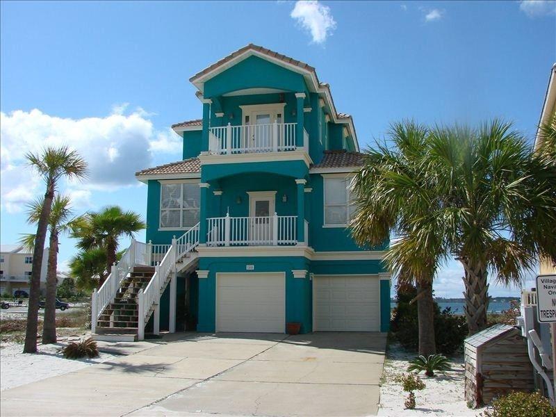 Vrbo Com 20038 June Is A Wonerful Time At The Beach Beach Cottage Style Florida Beach House Navarre Beach