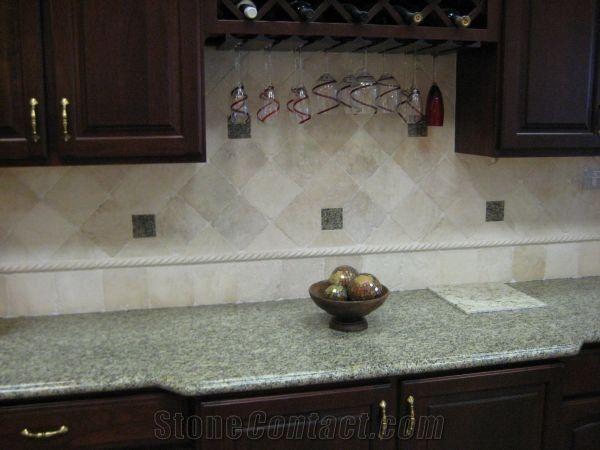 Beige Kitchen Design: Backsplash, Kitchen Remodeling