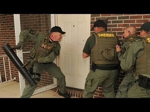 Double Your Door Security For A Couple Of Bucks Now Safer In 5 Minutes Parenting Memes Police Parenting