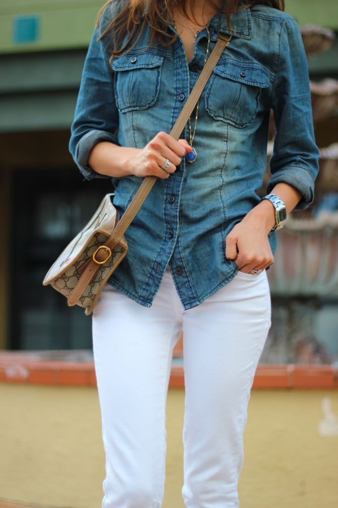 white jeans!