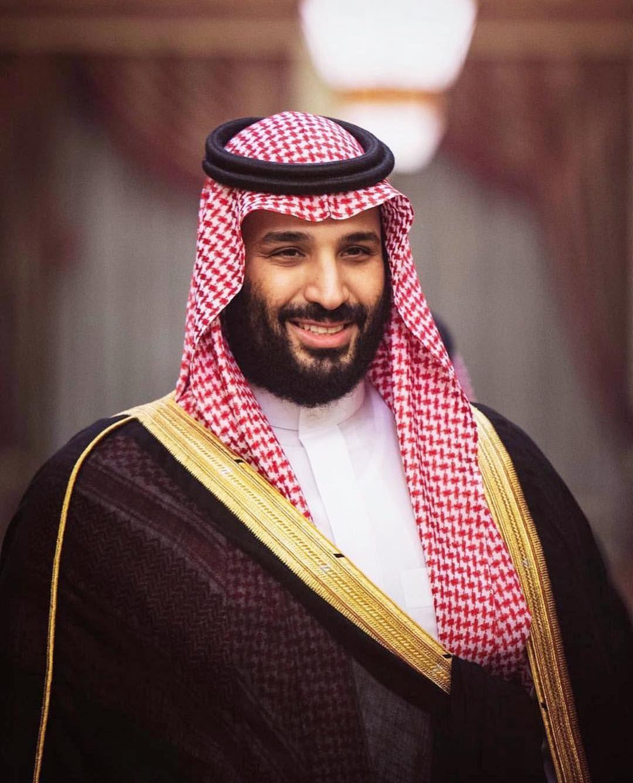 بعد ساعات من نشرها ولي العهد الأمير محمد بن سلمان يتفاعل مع حالة المقيم الباكستاني ويوجه بعلاجه ف Celebrity Stars Saudi Men Festival Captain Hat