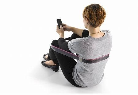 紐1本だけの画期的な持ち歩き椅子 椅子 ルーミー 紐