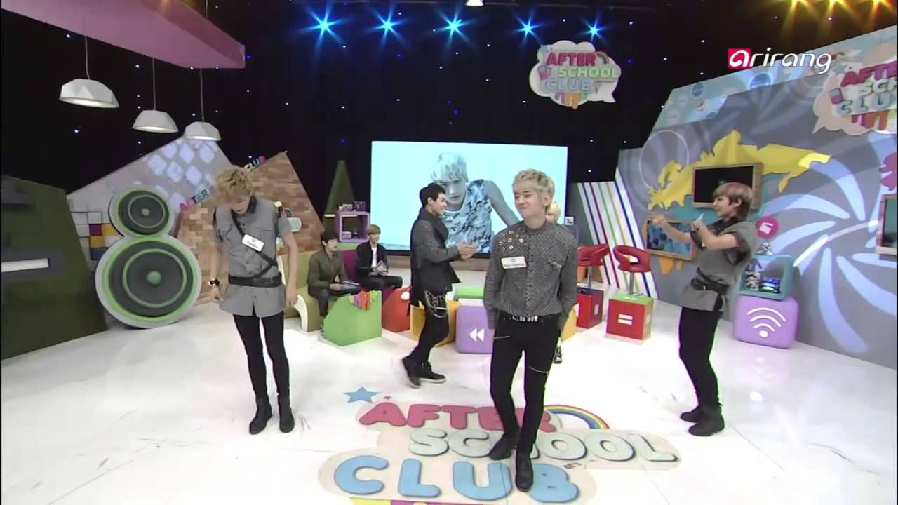After School Club-Simba dancing various girl group dance   걸그룹 댄스를 열정적으로...