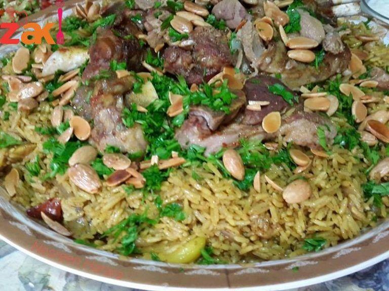 طريقة رز القدرة اللذيذة بنصح الكل يجرها زاكي Middle Eastern Recipes Meals Main Dishes