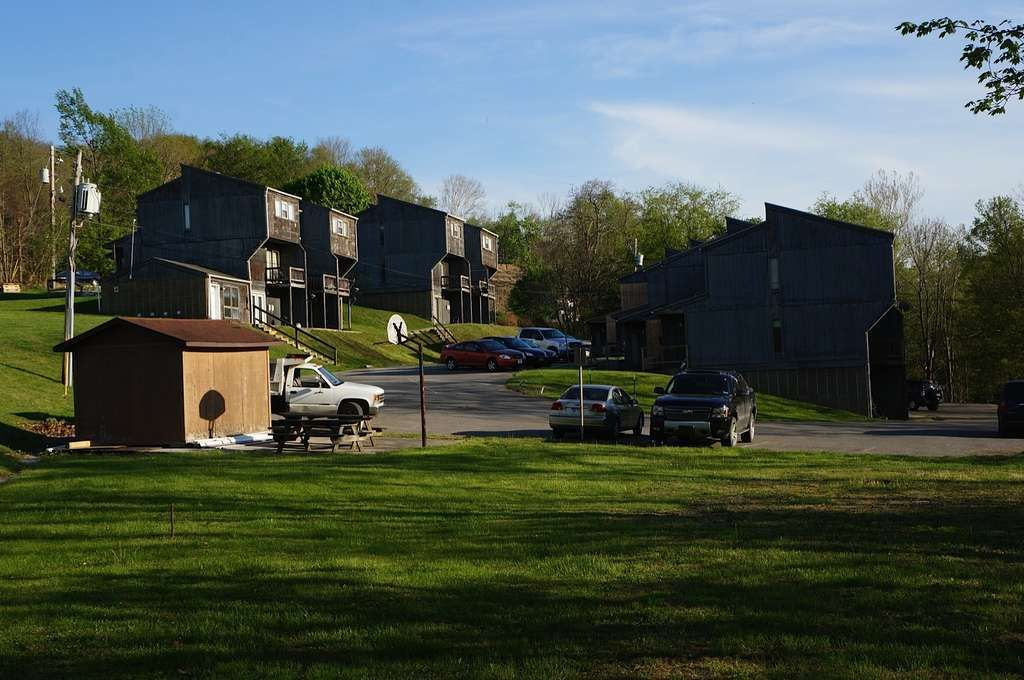 Condominiums For Rent At E5 Cornerstone Apartments Philippi Wv Homes Land Sale House Renting A House Waterfront Apartments