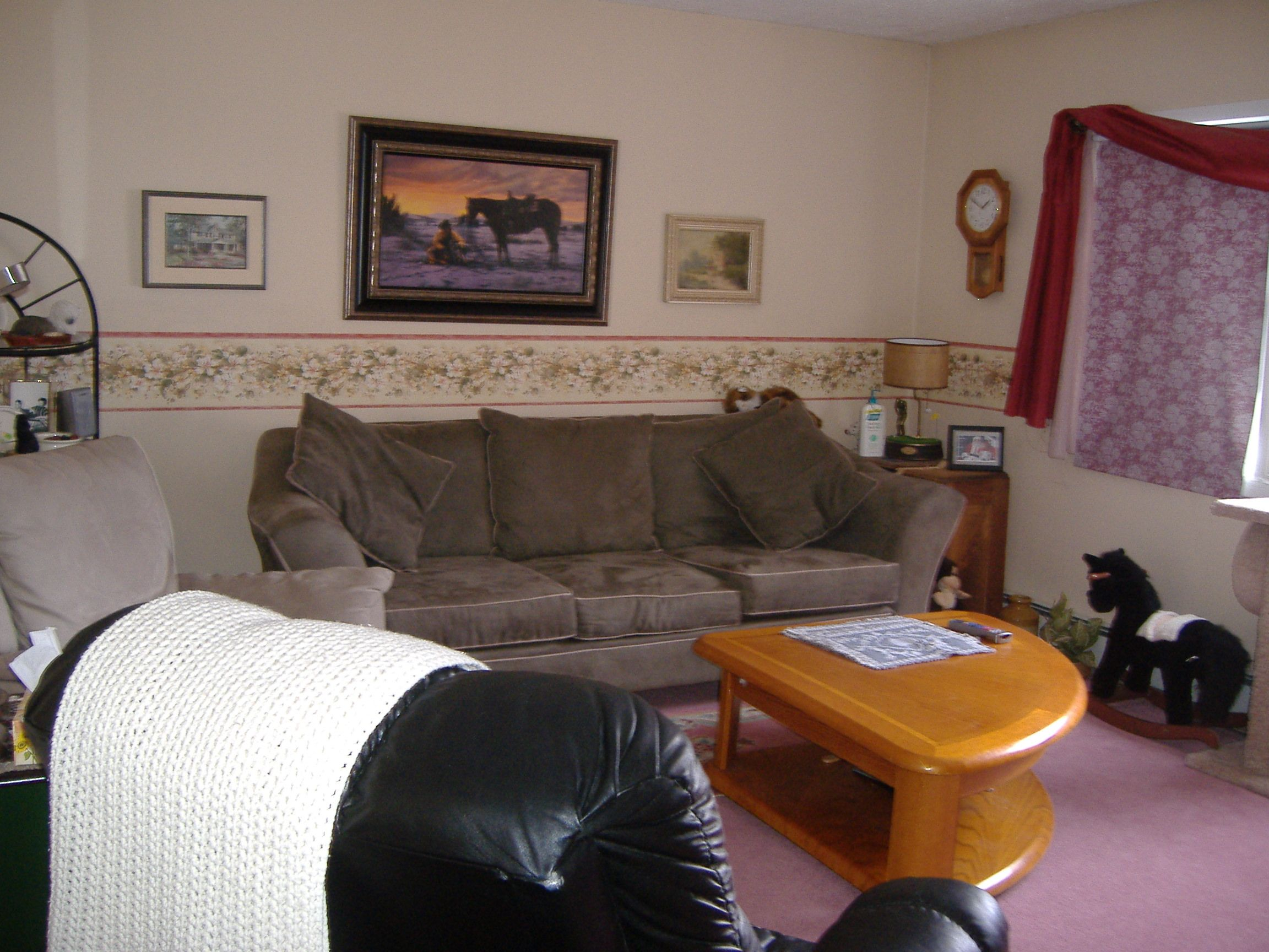 """Living Room reno, *when carpet and boarder where in"""""""