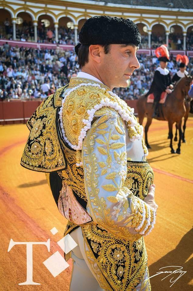 Enrique Ponce. Sevilla 22 abril 2015.