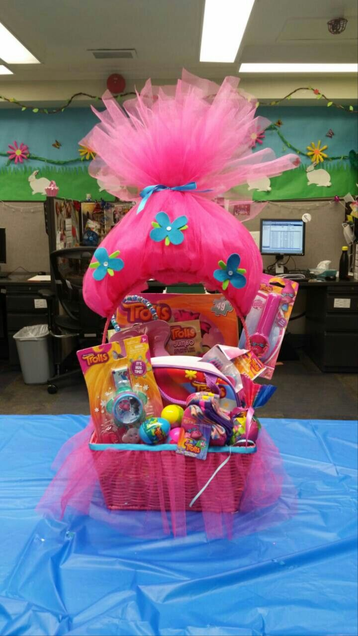 Celebrate the season with festive spring easter decoration