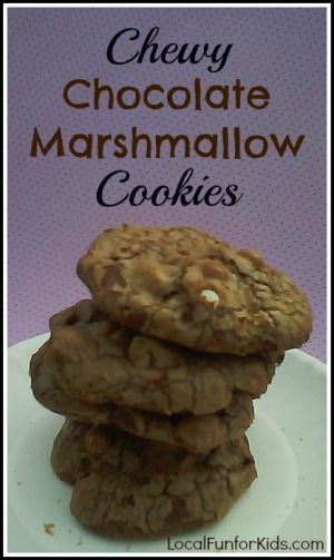 This recipe is perfect for #Chocolate lovers of all ages! #chocolatemarshmallowcookies