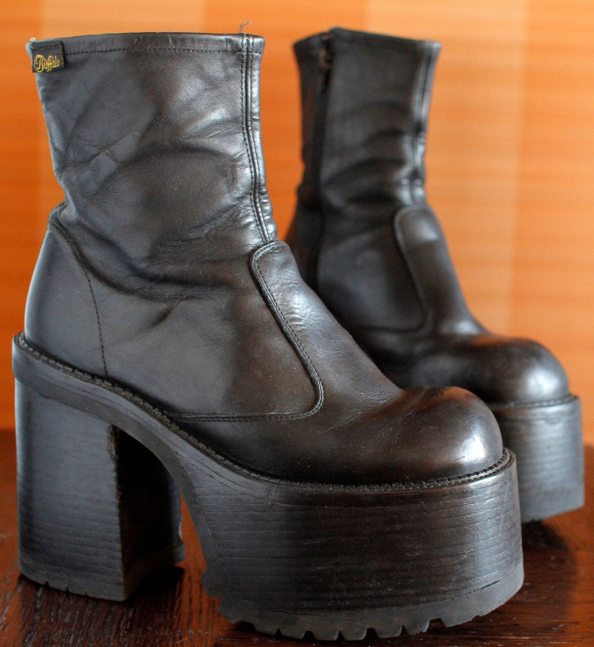 BUFFALO black platform boots 90's Club Kid by VintagePlatformDeal on Etsy  https://www