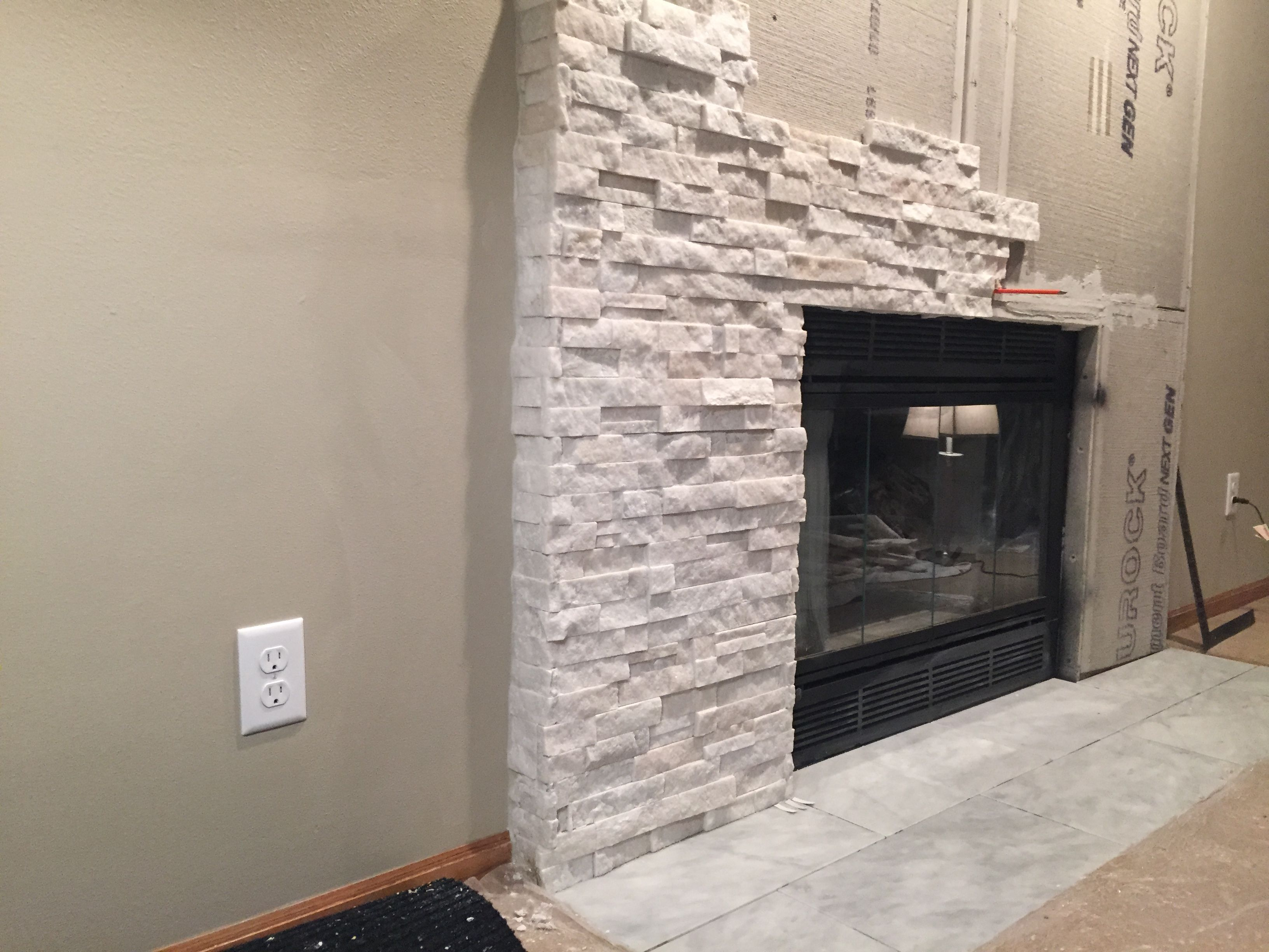 Famous ledgestone fireplace surround qb48 roccommunity - Tile over brick fireplace ...