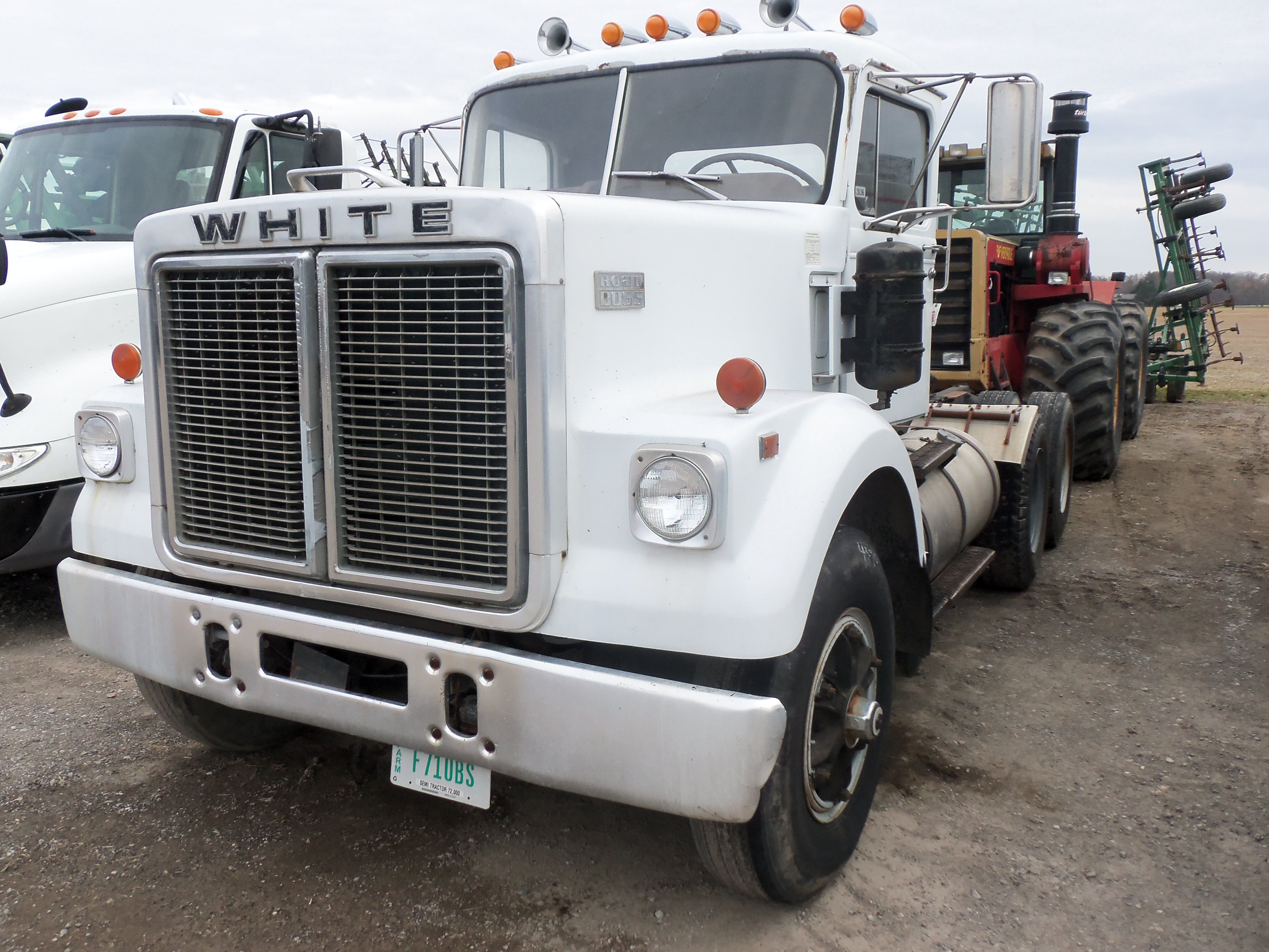 1976 white road boss semi tractor