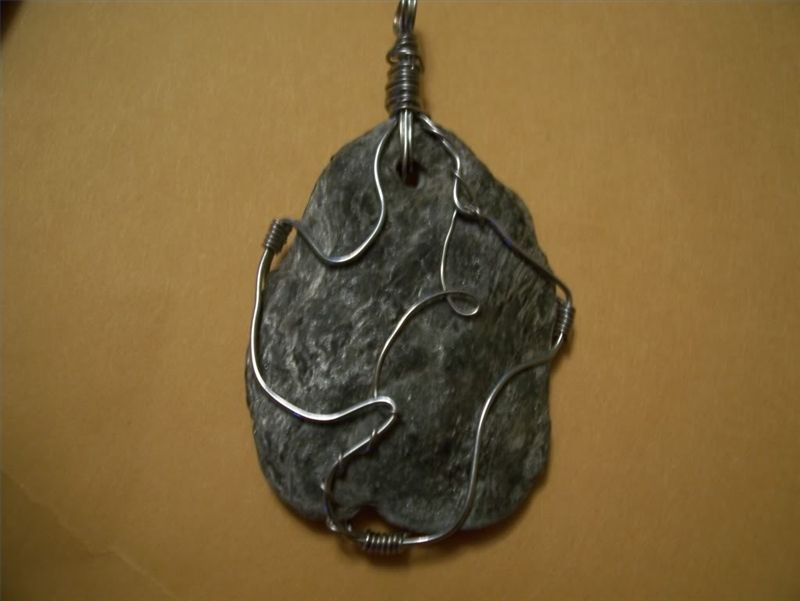 How To Make Jewelry From Rocks Ehow Com Rock Jewelry Handmade Crystal Jewelry Jewelry Making