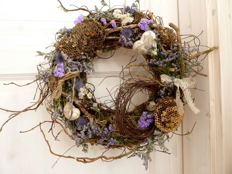 Photo of Summer wreath + / + natural wreath + honeycomb ++ from + Perla´s + Polarstation + on + DaWanda.com