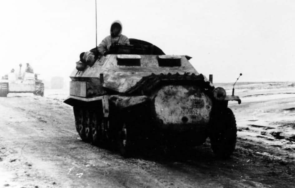 SdKfz 251 ausf C winter.