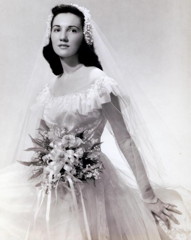 17 year-old bride Joan, 1949 Philadelphia, Pennysylvania | Vintage ...