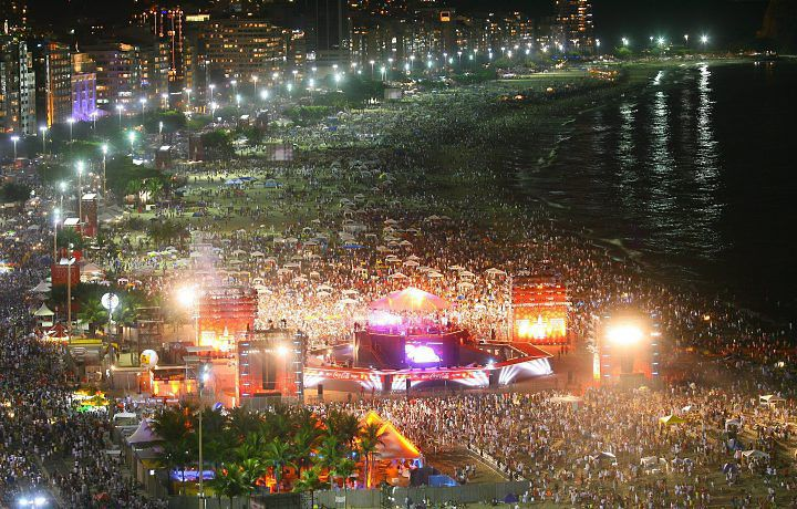 Copa Cabana Nye Copacabana Beach Copacabana Holidays Around The World