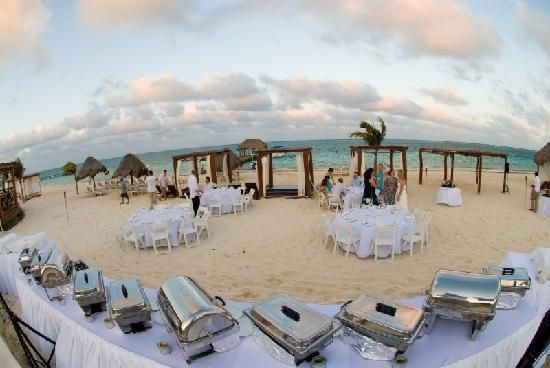 17 Best Beach Wedding Foods Images On Pinterest: The BBQ Set Up...the Food Was Out Of