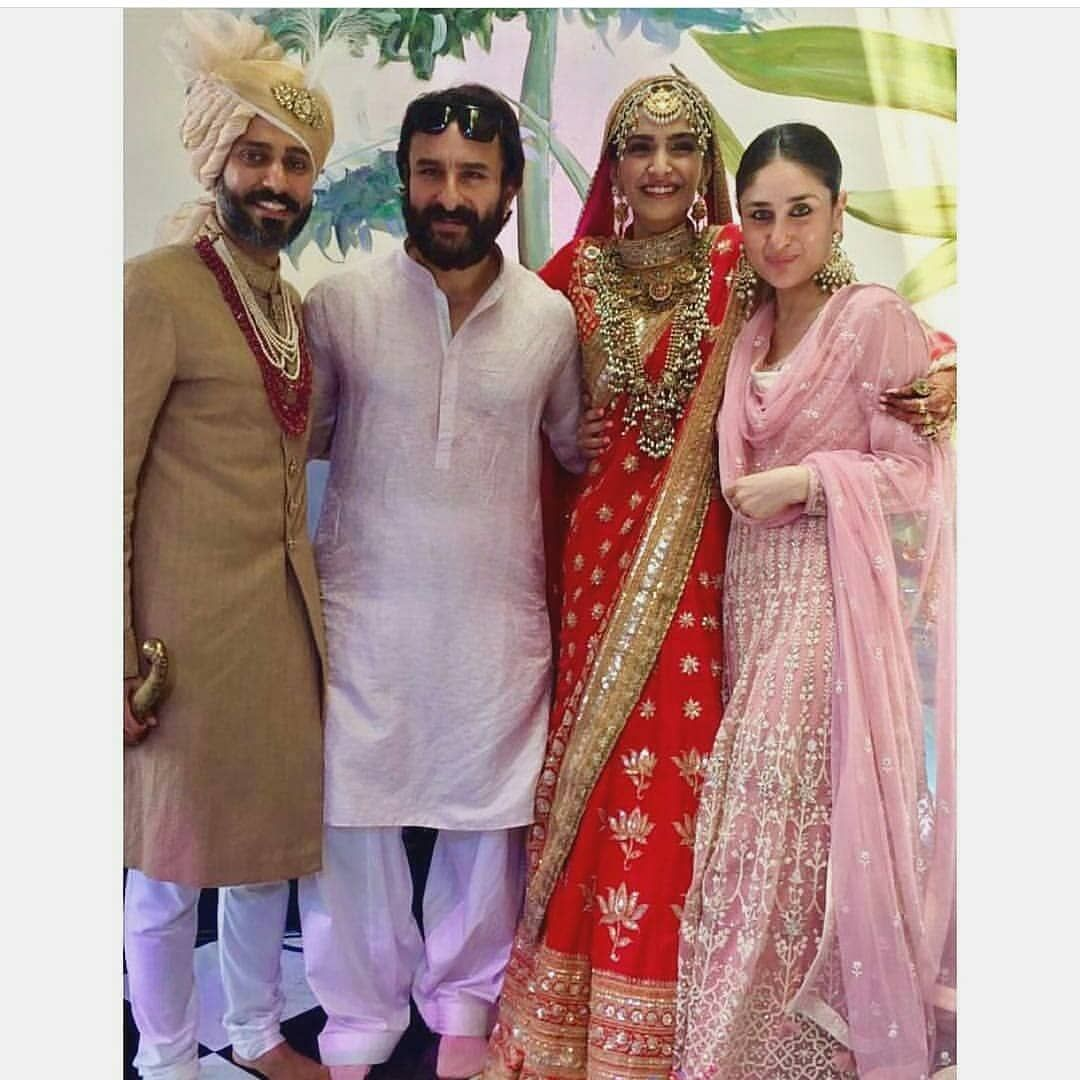 Here Are All The Inside Pics From Sonam Kapoor And Anand Ahuja S Wedding 17 Pics From Sonam Kapoor Sonam Kapoor Wedding Bollywood Fashion Indian Celebrities