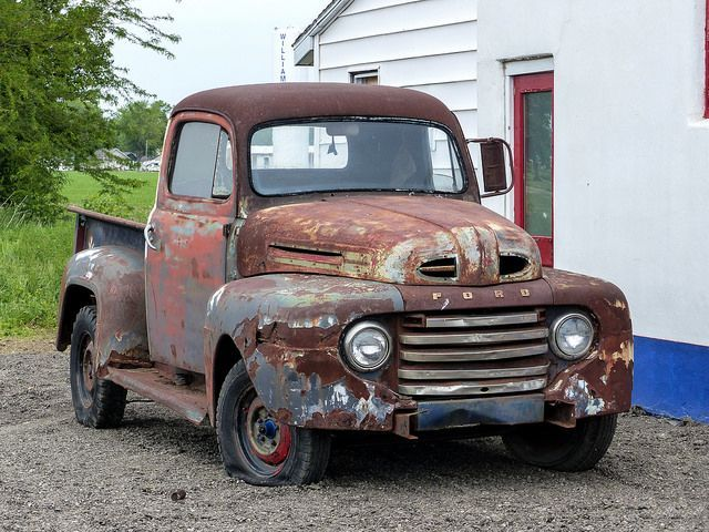 Rusty Old 1948? Ford Pickup Truck -