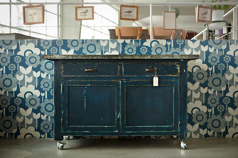 Nel lanificio cucina tutti gli arredi del ristorante ed i mobili prodotti nell annessa officina - Mobili bottega veneta ...