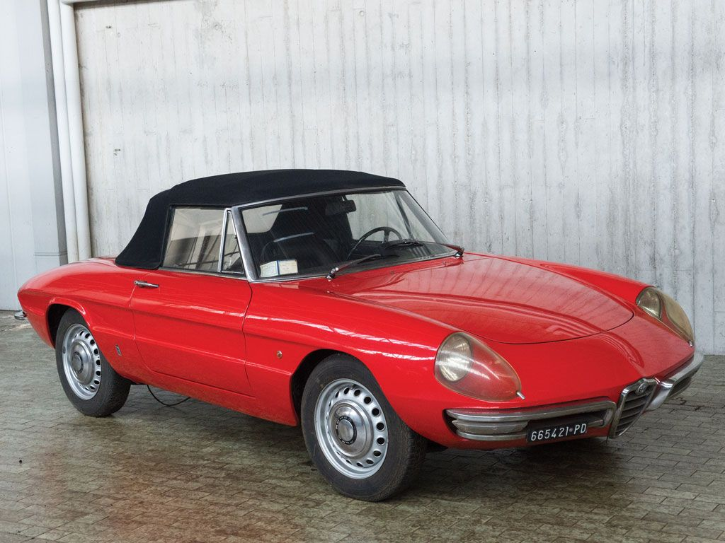 High Quality 1966 Alfa Romeo Duetto 1600 Spider