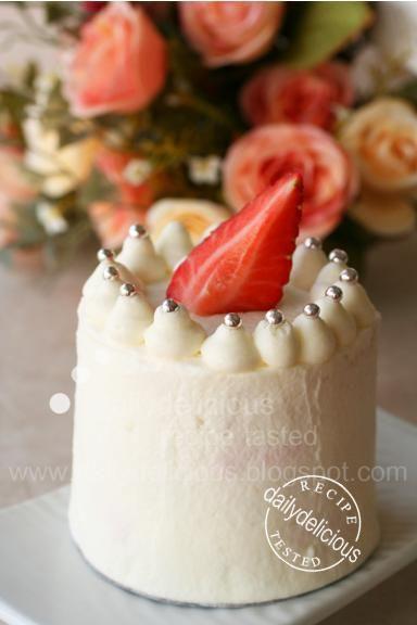 http://2.bp.blogspot.com/_iDAFo9AvKSw/SwIrIjcPaOI/AAAAAAAAEg8/zF67I8hftkM/s1600/Strawberry+Shortcake_6.jpg