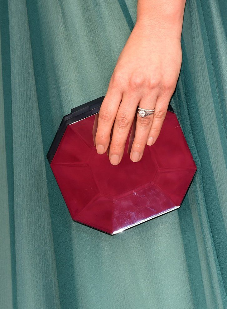 Pin for Later: See the Best Fall Nail Trends From the American Music Awards Red Carpet America Ferrera, Oscars America's simple nude nail elongated her fingers at the Oscars.