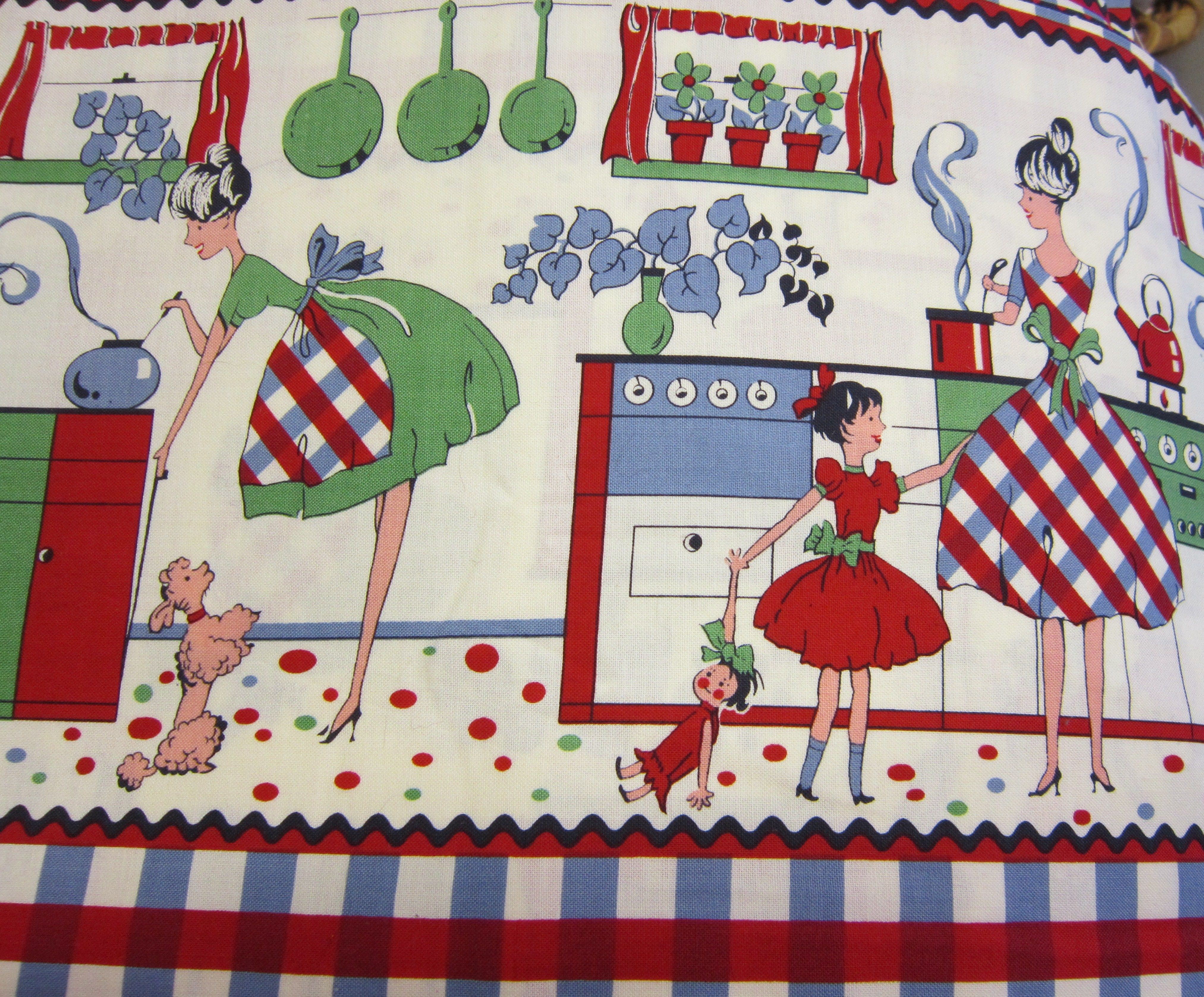 1950's cute reproduction cotton fabric of mother & daughter