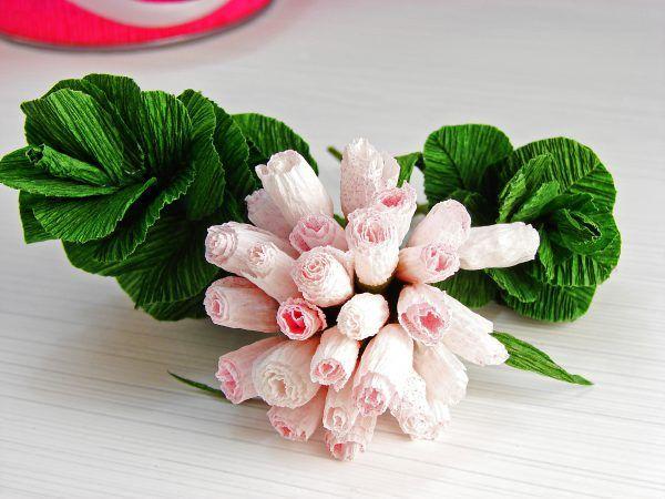 Маленькие цветы из гофрированной бумаги своими руками фото 535
