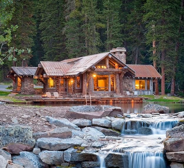 Log Homes Designs, Lakefront House Exterior