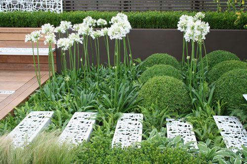 Contemporary Contemplation Garden By Garden Designer 400 x 300