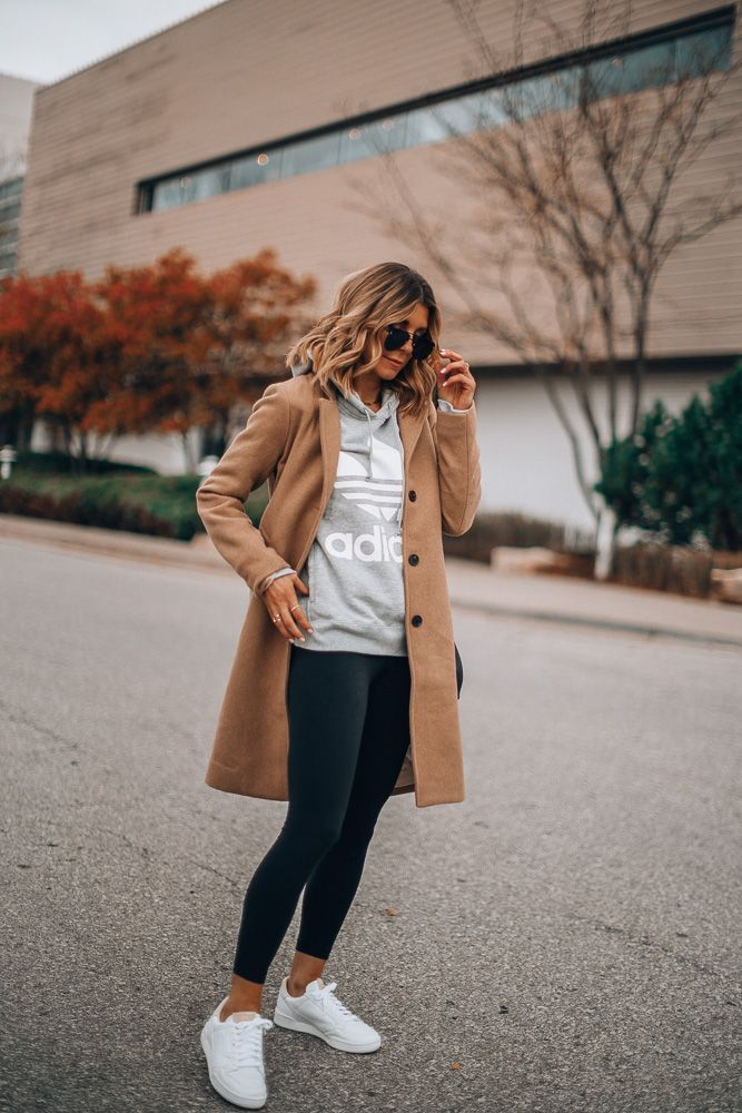 Photo of The White Sneaker That Everyone Can (and Should) Wear This Fall | Cella Jane