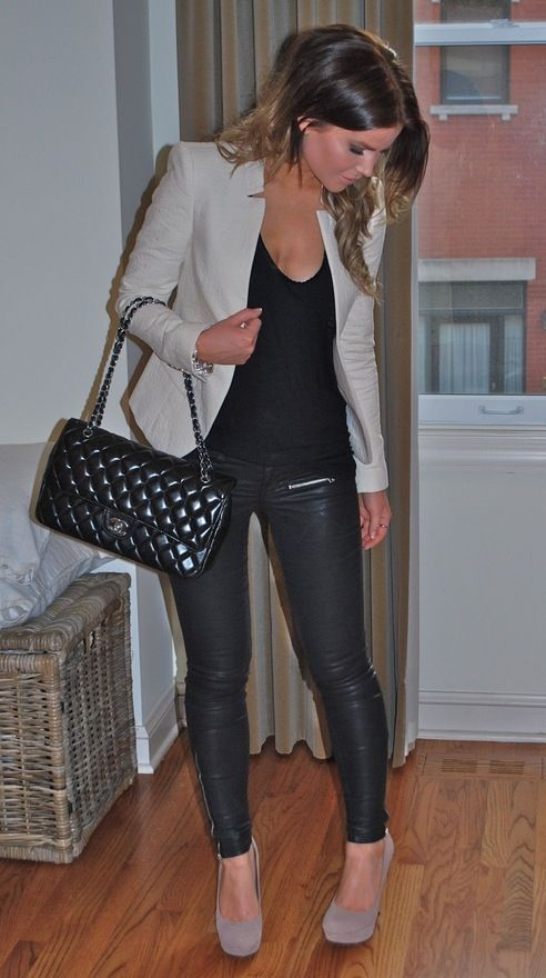 43d3ae6c4eca72 Taupe blazer, black top, black skinny jeans or leather jeans and taupe heels