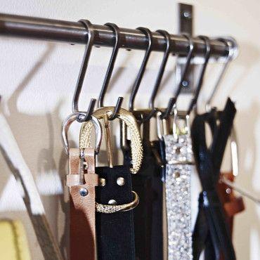 des crochets ikea pour pendre les ceintures dressing organiser pinterest rangement. Black Bedroom Furniture Sets. Home Design Ideas