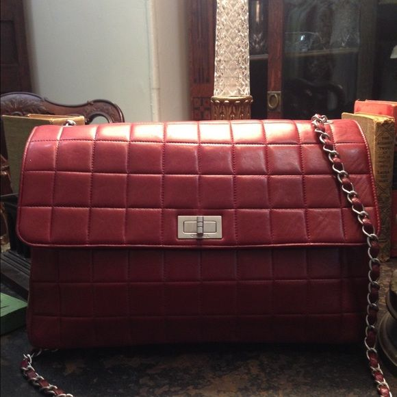 "Perfect condition Chanel bag Lambskin red ,chain shoulder Chanel bag.W 12"" , H 8"" , D 4"" ( 31 x 20 x 10 cm).                         Shoulder chain. 44"" ( 110 cm).                              Pocket -  outside 3 , inside1 . CHANEL Bags Shoulder Bags"