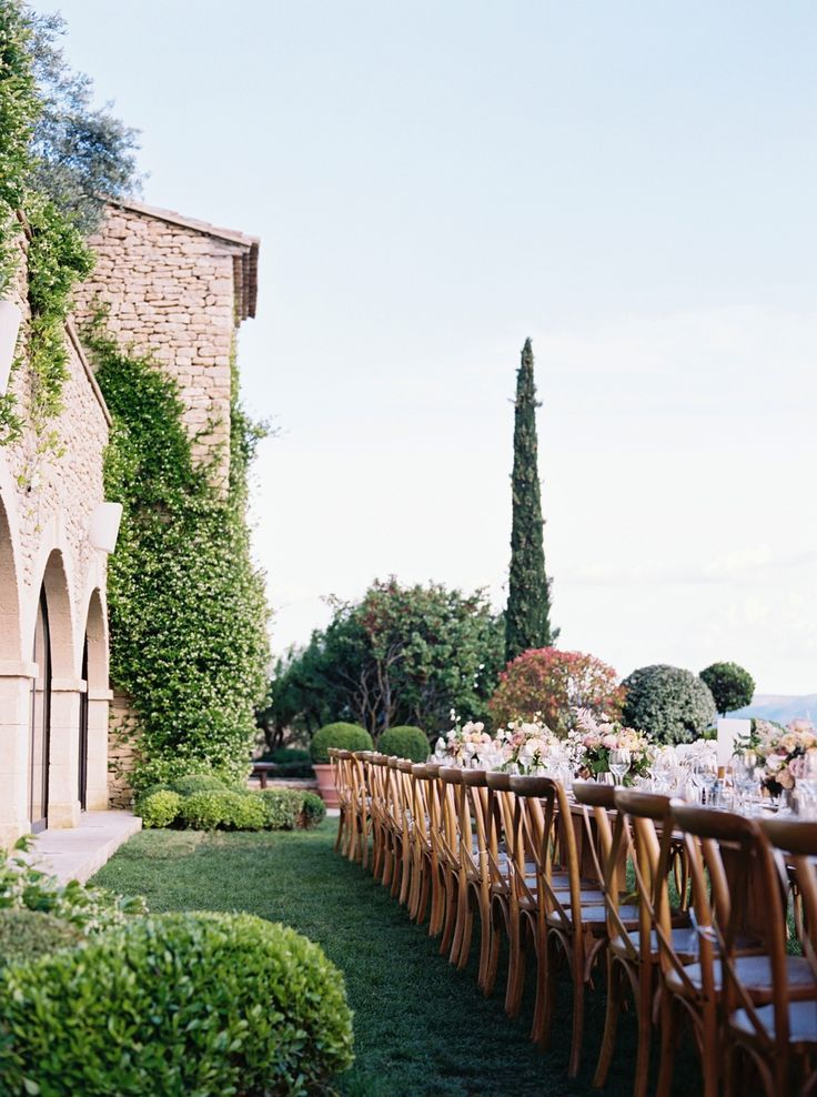 Idyllic Chateau Wedding in the South of France – #Chateau #France #Idyllic #Sout…