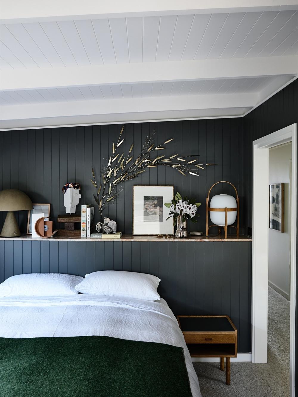 Dark grey bedroom | Best bedroom paint colors, Bedroom ...