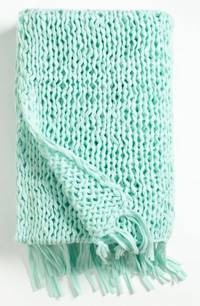 Color Verde Menta Mint Green Netting Knit Throw I