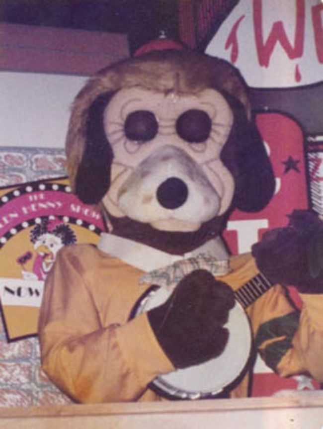 Chuck E Cheese Animatronic Google Search Chuck E Cheese