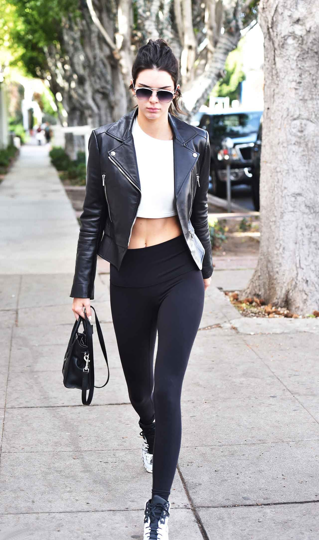 928d6f86651b7 Celebrities Are Obsessed With This Leggings Brand   Fashion ...